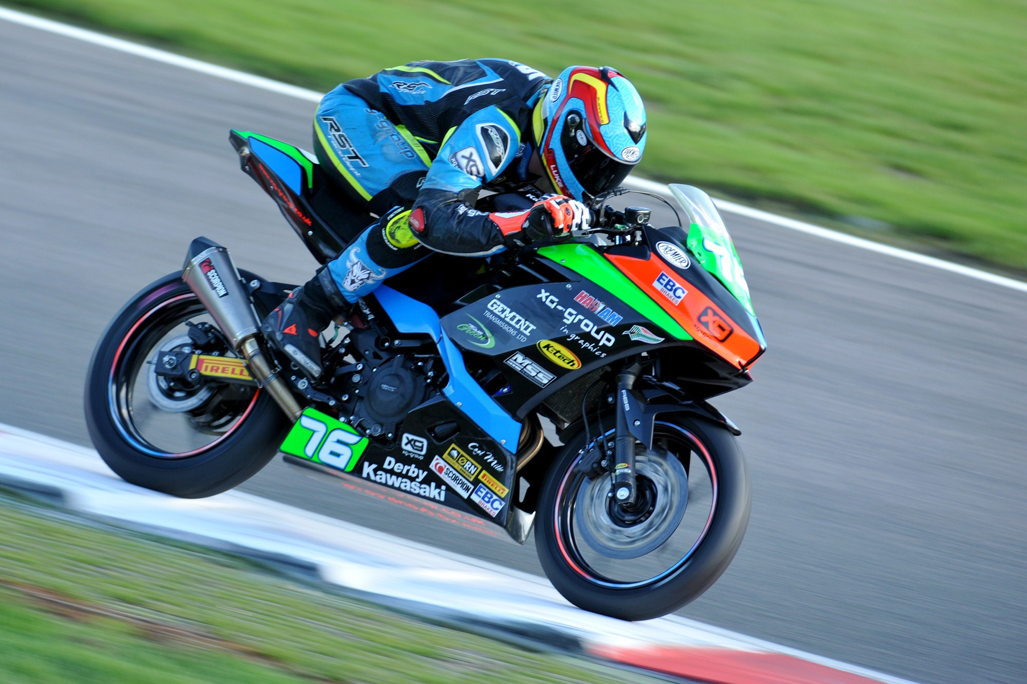 Double DNF at Brands Hatch Finale for Luke Verwey